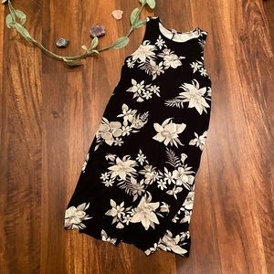 Old Navy Black and White Floral Dress